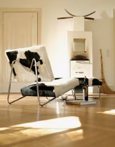Loungechair-Kuhfell_b